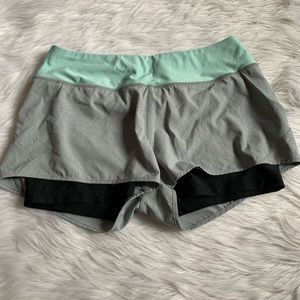 50% off bundles! Women's shorts